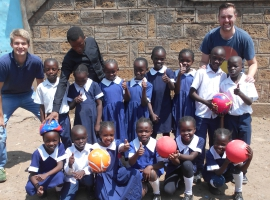 Group volunteering in Africa